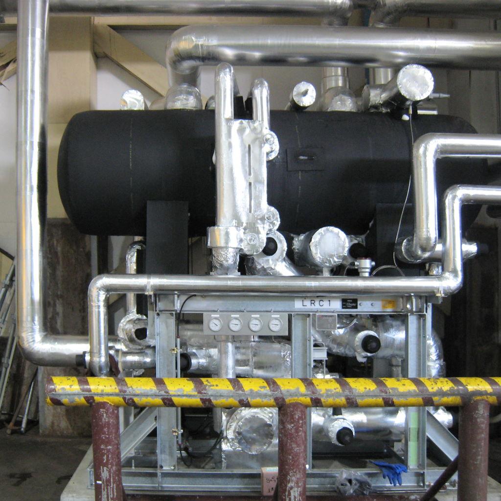 省エネ型 NH3 / CO2 二元冷凍機冷却設備